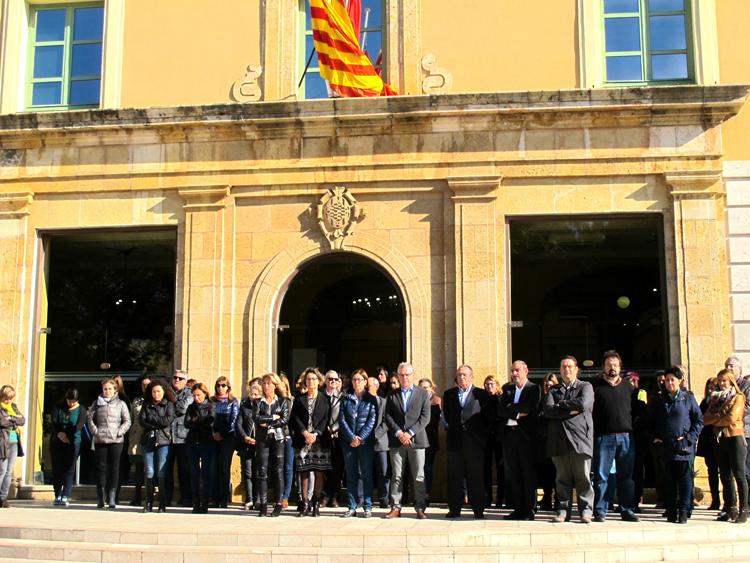 Les banderes de la Diputació de Tarragona onegen a mitja asta des del passat dissabte.