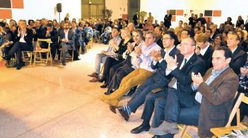 Èxit d'assistència a la III edició dels Premis de Comunicació 2015, al Tinglado 4 del ort de Tarragona.