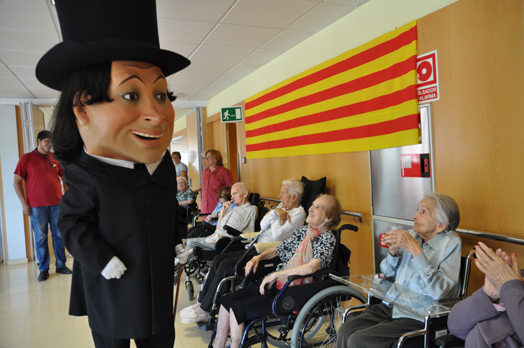 Les residències geriàtriques Santa Tecla Llevant i Santa Tecla Ponent disposen d'unes 240 places a la ciutat de Tarragona.